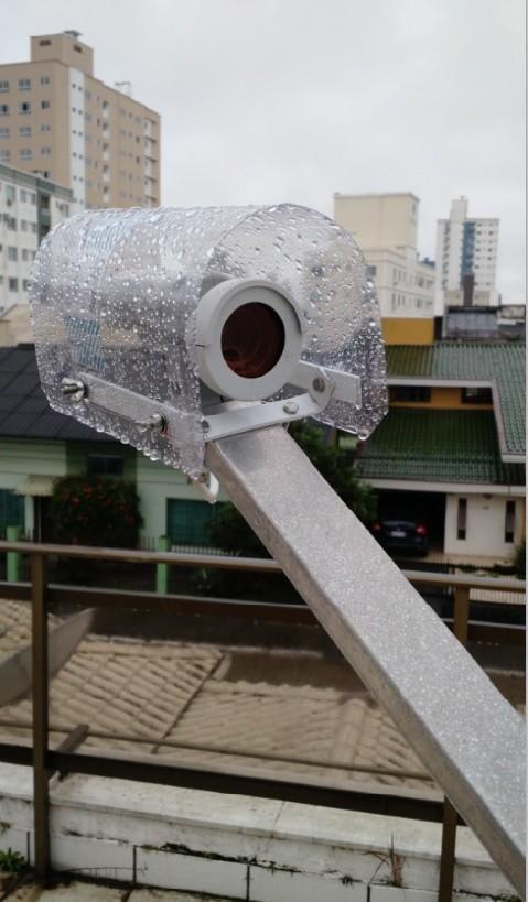 Capa anti chuva e proteção para LNBF B